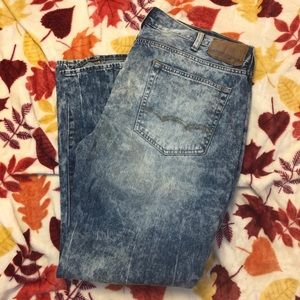 American Eagle Outfitters acid wash jeans